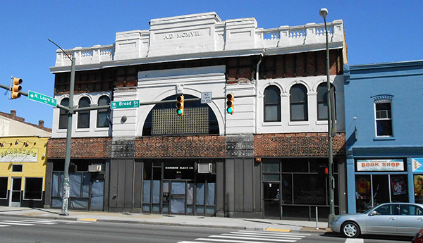 The former Richmond Glass Company building. (Photo by David Larter)