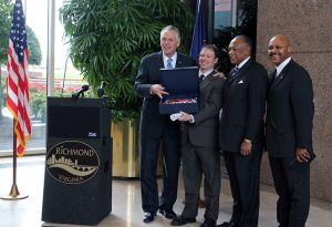 Gov. McAuliffe, Brian Brown, Dwight Jones and Maurice Jones celebrate AvePoint's arrival to Richmond.