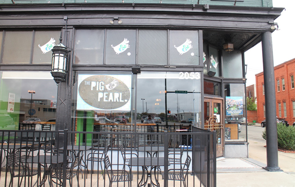 The Pig And Pearl Opened In November 2017 On West Broad Street Kieran Mcquilkin