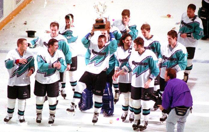 The Richmond Renegades hoisting a trophy in 1995. (Richmond Times-Dispatch)