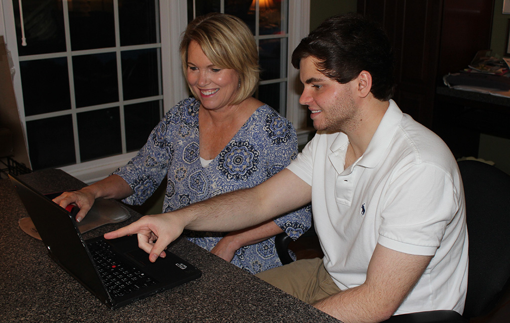 Tammy (left) and Carter Glotz, the mother-and-son duo behind TechStar Tutors. (Courtesy TechStar Tutors)