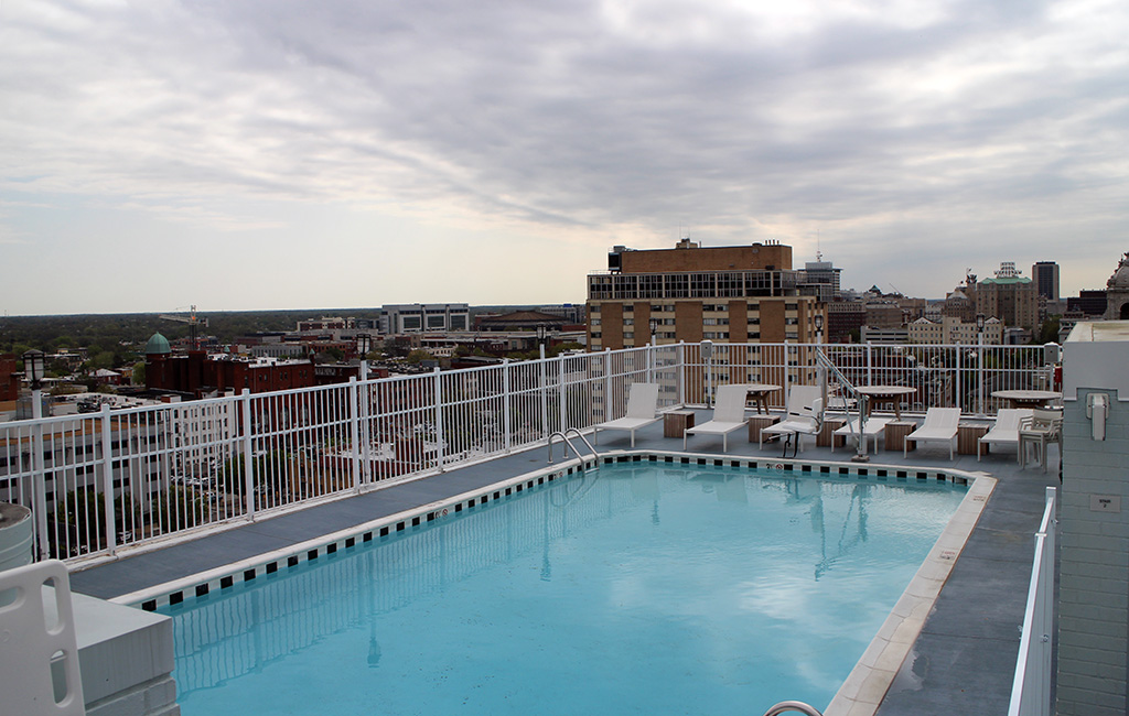 Graduate Hotel Opens City S Newest Rooftop Bar Richmond